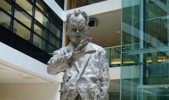 Willy-Brandt-Statue in der SPD-Zentrale