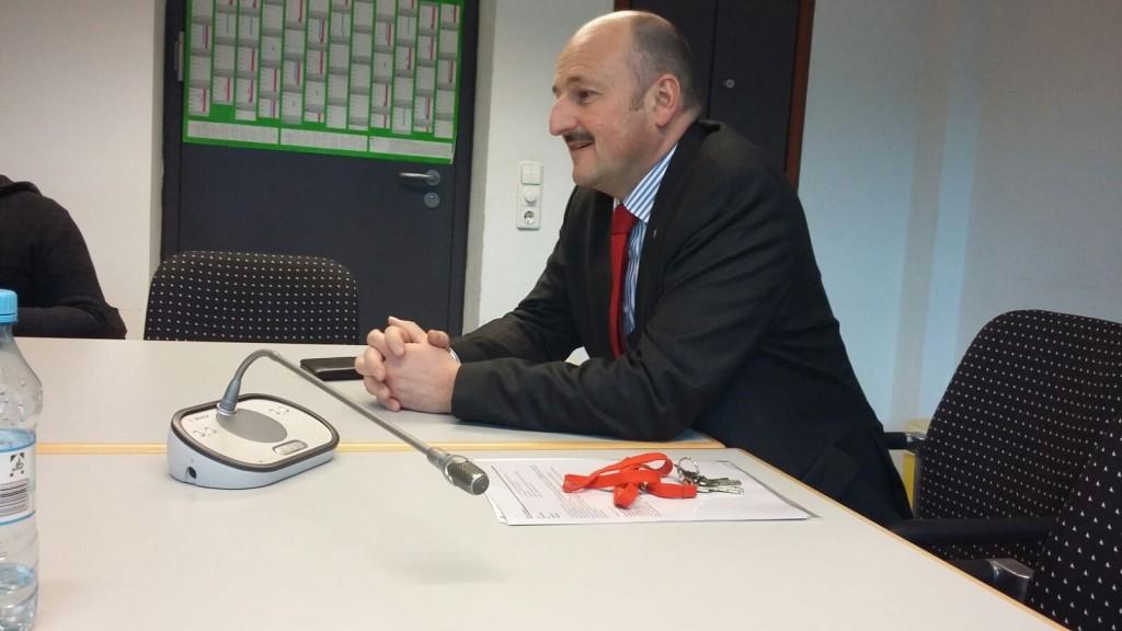 Bernd Rützel sieht den Mindestlohn als gelungenes Projekt der Sozialdemokraten.