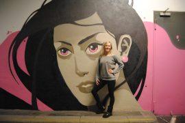 Carolin Schmitt betreibt in Würzburg ein professionelles Poledance-Studio.