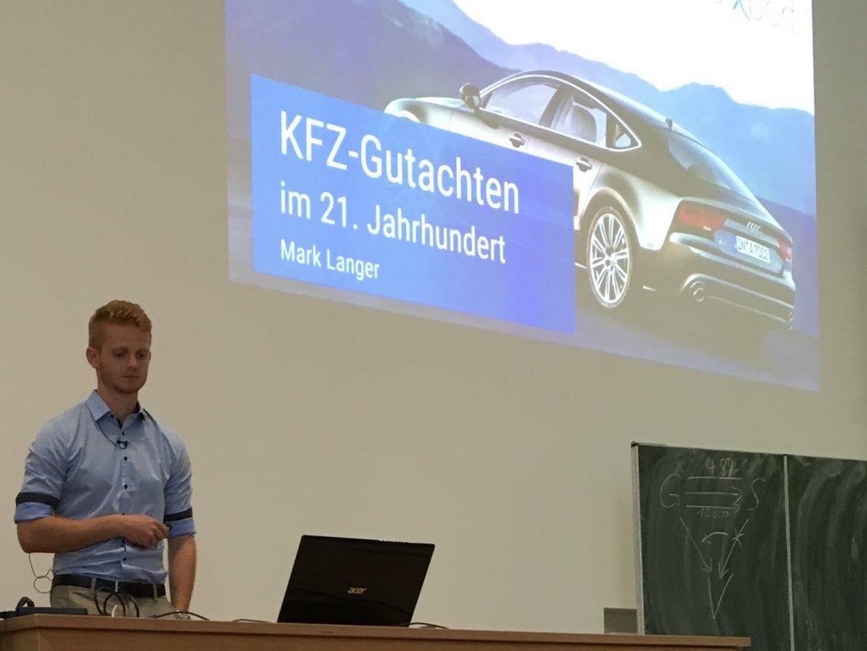 Will die Kfz-Branche digitalisieren - Mark Langer von Autoixpert. Foto: Daniel Wältermann.