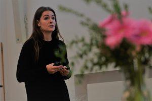 Welchen Nutzen haben Chatbots für Unternehmen? Das beatwortete Michelle Skodowski von BOTfriends. Foto: Sebastian Schug