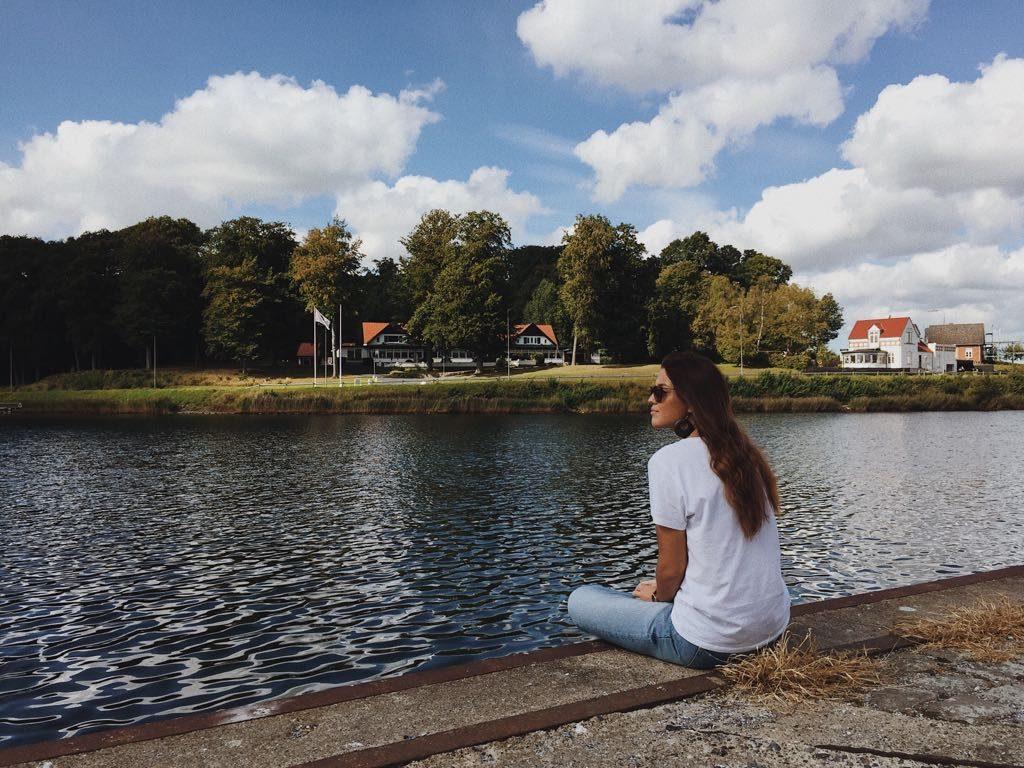 """""""Wenn du Erasmus machst, dann herrscht so ein ganz anderer Vibe."""" Melisa über ihre Zeit in Dänemark."""
